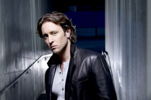 alex-o-loughlin__moonlight