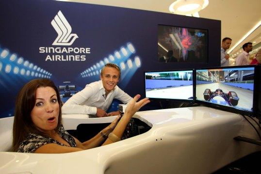 07 Singapore Airlines Simulator