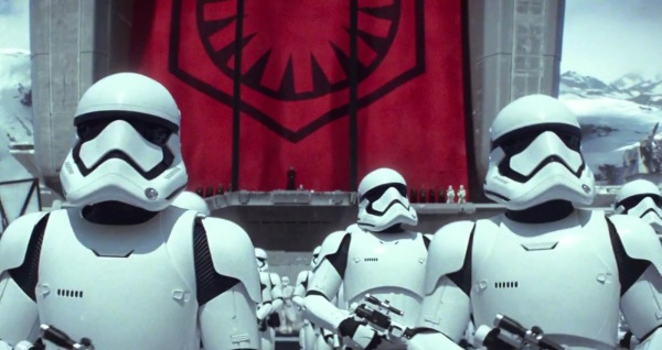 star-wars-the-force-awakens-new-trailer-storm-trooper-army